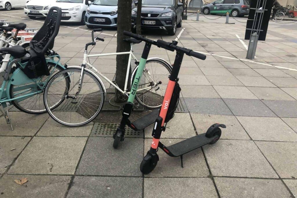 Billede af Voi løbehjul og Tier løbehjul i København